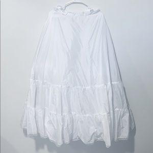 Wedding dress tulle slip medium fullness Like New!